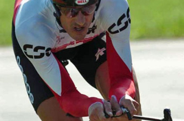 Cancellara riding hard. Photo copyright Fotoreporter Sirotti.