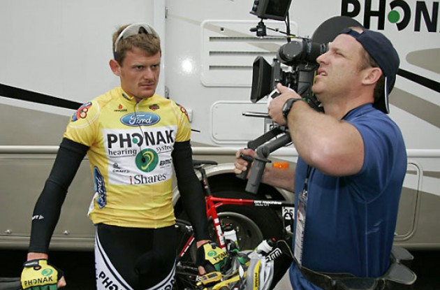 Floyd Landis (Phonak - iShares) filming commercial. Photo copyright Ben Ross/Roadcycling.com/www.benrossphotography.com.