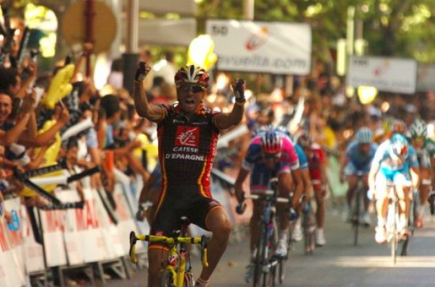 Alejandro Valverde (Caisse d'Epargne) wins stage 2 of the 2008 Vuelta.