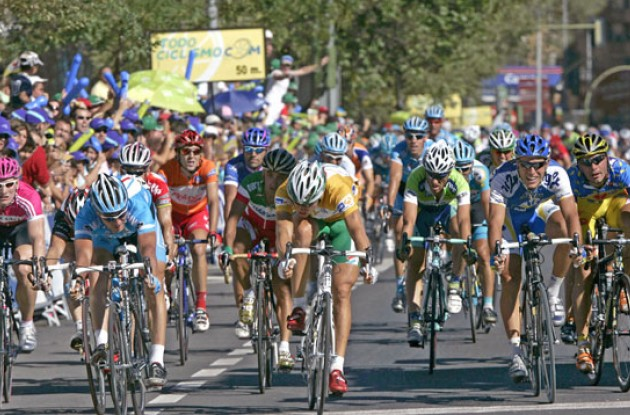 Zabel and Hushovd competes for the stage win. Photo copyright Roadcycling.com.