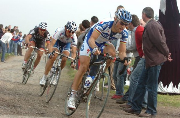 Tom Boonen (Team Quick Step). Photo copyright Fotoreporter Sirotti.