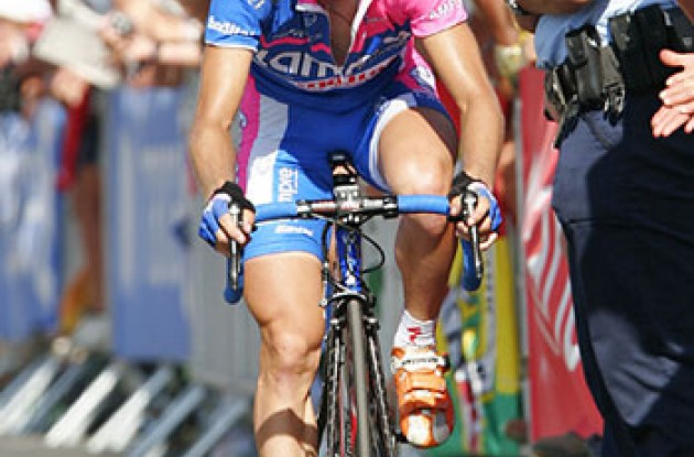 "Damiano Cunego. Photo copyright Ben Ross/Roadcycling.com/<A HREF=""http://www.benrossphotography.com"" TARGET=_BLANK>www.benrossphotography.com</A>."