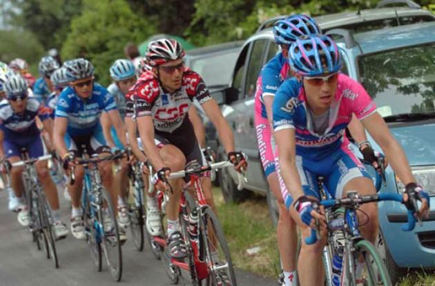 Cunego, Basso, Savoldelli. Photo copyright Fotoreporter Sirotti.