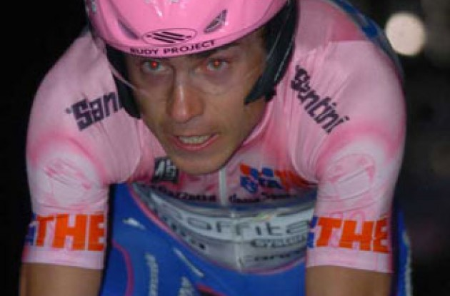 Cunego has struggled to re-find that form after contracting mononucleosis at the end of last season. Photo copyright Fotoreporter Sirotti.