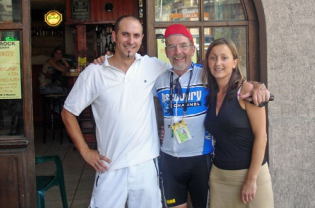 Paul Rogen with friends. Photo by Thomson Bike Tours.