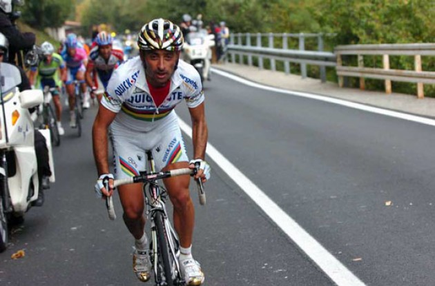 World Champion Paolo Bettini escapes. Photo copyright Fotoreporter Sirotti.