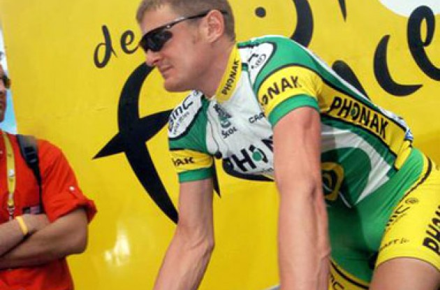 Floyd Landis (Phonak) at the start of today's stage. Photo copyright Roadcycling.com.