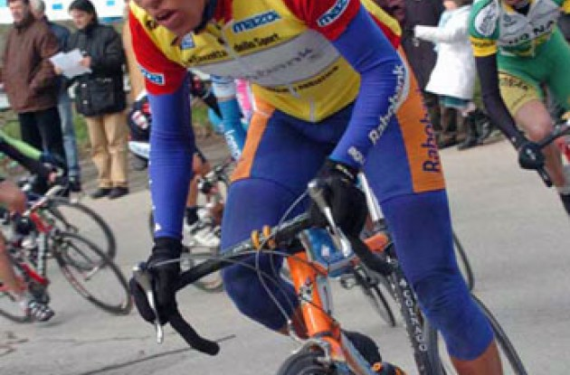 Thomas Dekker (Rabobank) on his way up today's final climb. Photo copyright Fotoreporter Sirotti.