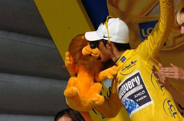 Race leader Alberto Contador (Team Discovery Channel) looks set to take the overall win in the 2007 Tour de France.