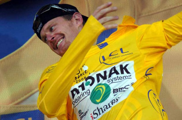 Floyd Landis is now in yellow before tomorrow's time trial. Photo copyright Fotoreporter Sirotti.