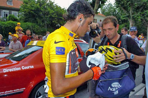 Pereiro - still in yellow after today's finish. Stay tuned to Roadcycling.com to find out if Landis will be able to reclaim the yellow jersey before the Tour reaches Paris on Sunday. Photo copyright Fotoreporter Sirotti.
