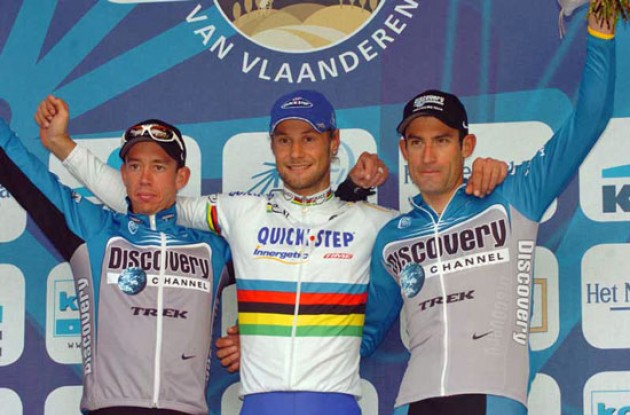 Top 3 on the podium: Tom Boonen, Leif Hoste, and George Hincapie. Photo copyright Fotoreporter Sirotti.