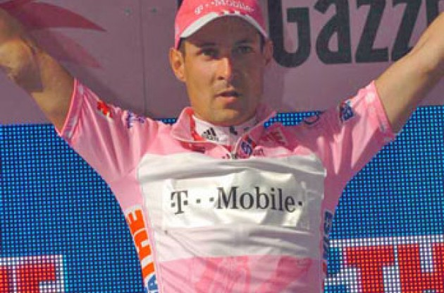 Olaf Pollack on the podium. Photo copyright Fotoreporter Sirotti.