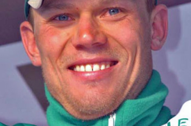 Thor Hushovd on the podium. Photo copyright Fotoreporter Sirotti.