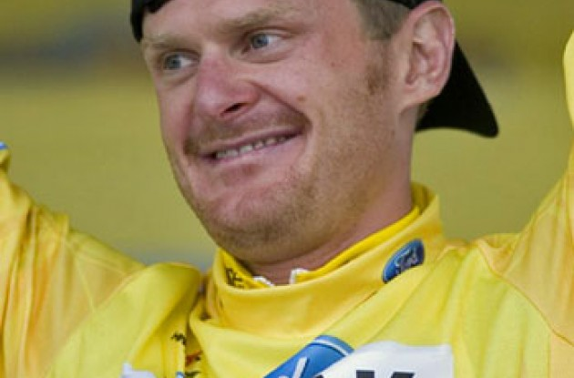 "Floyd Landis (Phonak Hearing Systems - iShares). Photo copyright Ben Ross/Roadcycling.com/<A HREF=""http://www.benrossphotography.com"" TARGET=_BLANK>www.benrossphotography.com</A>."