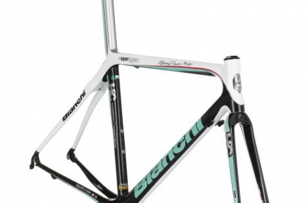 Bianchi 928 SL ISAP Review frame close-up