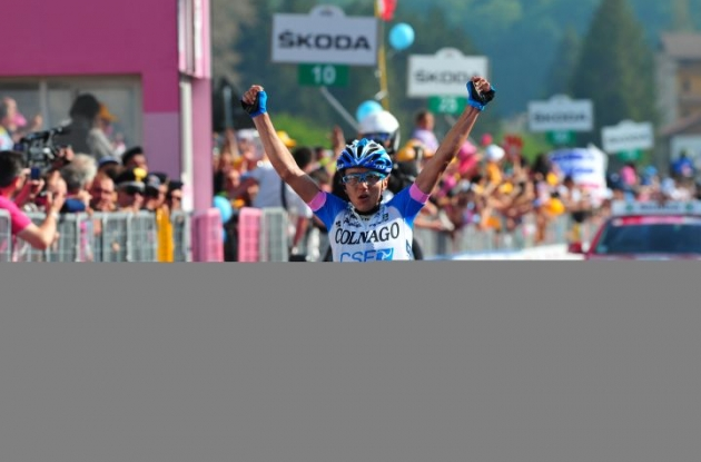 Domenico Pozzovivo of Team Colnago soloes to stage 8 victory in 2012 Giro d'Italia. Photo Fotoreporter Sirotti.
