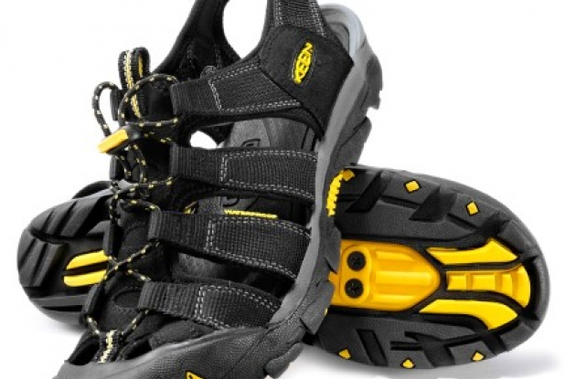 Roadcycling.com reviews the Keen Commuter Sandal.
