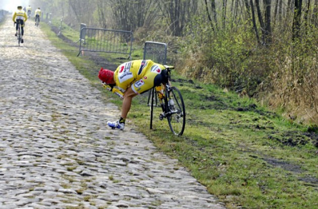 Pagliarini (Saunier Duval-Prodir) shoots the pavé - doubt it will make it any less dangerous before Sunday though.
