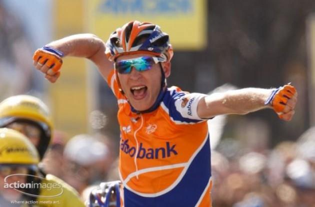 Robert Gesink wins stage 3.