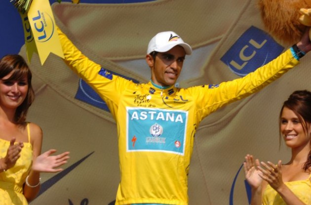 Alberto Contador still leads the 2010 Tour de France before the 2nd rest day. Photo copyright Fotoreporter Sirotti.