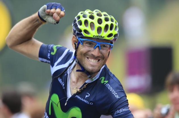 Team Movistar's Alejandro Valverde grabs the stage victory. Photo Fotoreporter Sirotti.