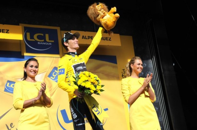 Andy Schleck leads the Tour de France before tomorrow's decisive individual time trial in Grenoble. Photo Fotoreporter Sirotti.