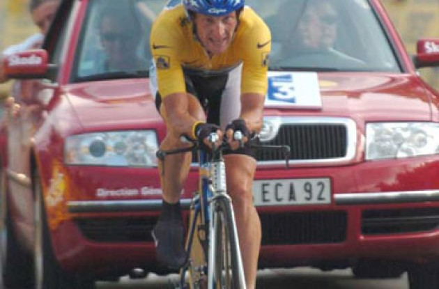 Lance Armstrong took his fourth stage win today and beat Ullrich by 01:01. Lance is now 6.38 ahead of Klöden before tomorrow's final stage. Stay tuned to Roadcycling.com to see Lance celebrate his sixth Tour win in Paris tomorrow! Visit our Tour section for live coverage of tomorrow's stage.
