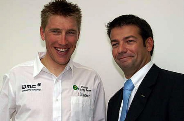 "Axel Merckx and John Lelangue. Lelangue: ""Team Phonak is betting on continuity in 2006."" Photo copyright Roadcycling.com."