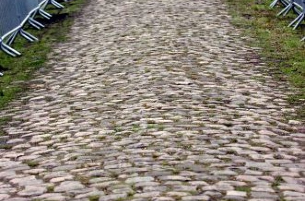 Paris-Roubaix. Photo copyright Fotoreporter Sirotti.