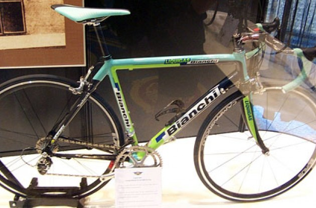 Bianchi-Liquigas 2005. Photo copyright Roadcycling.com.