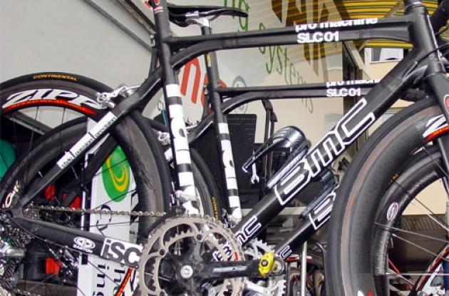 Close-up of the Pro Machine frame. You asked for it - here it is. Photo copyright Roadcycling.com.