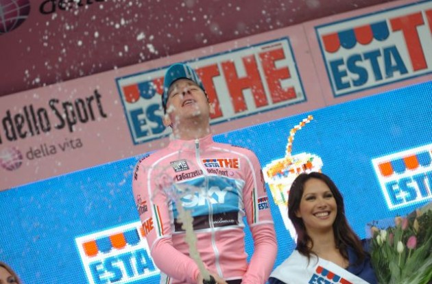 Bradley Wiggins celbrates on the podium in Amsterdam. Photo copyright Fotoreporter Sirotti.