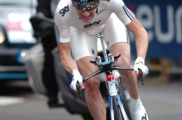 Bradley Wiggins (Team Sky) on his way to stage victory and overall lead. Photo copyright Fotoreporter Sirotti.