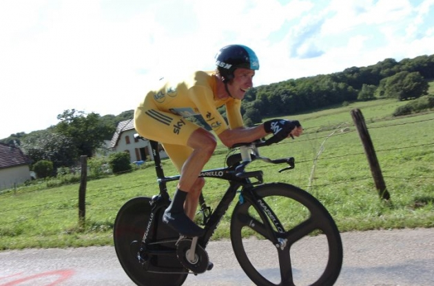 Team Sky Procycling's Bradley Wiggins wins stage 9 individual time trial in 2012 Tour de France and increases overall Tour de France lead. Photo Fotoreporter Sirotti.