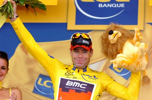 Emotional and well-deserved Tour de France winner Cadel Evans (Team BMC Racing) on the Tour podium in Grenoble. Photo Fotoreporter Sirotti.