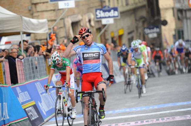 Former World Champion Cadel Evans (Team BMC Racing) powers to win in stage 6 of 2011 Tirreno-Adriatico ahead of Giovanni Visconti (Team Farnese Vini) and Team Lampre-LSD's Michele Scarponi. Cadel Evans leads overall before tomorrow's decisive time trial of the 2011 Tirreno-Adriatico. Photo Fotoreporter Sirotti.