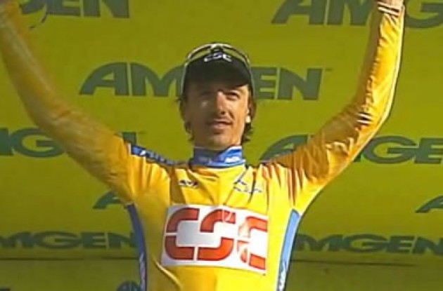 Fabian Cancellara in yellow.