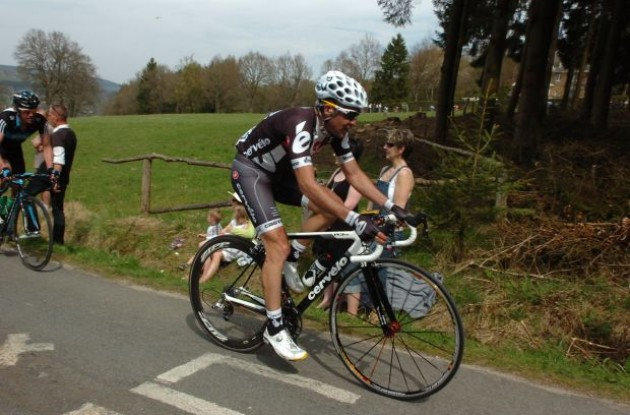 Cervelo TestTeam's Carlos Sastre climbs. Photo copyright Fotoreporter Sirotti.