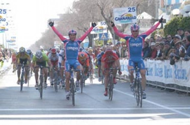 Svorada sprints to victory in stage 1A. Copyright Fotoreporter Sirotti