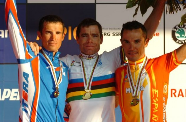 Evans, Kolobnev and Joaquin Rodriguez on the podium in Mendrisio, Switzerland. Photo copyright Fotoreporter Sirotti.