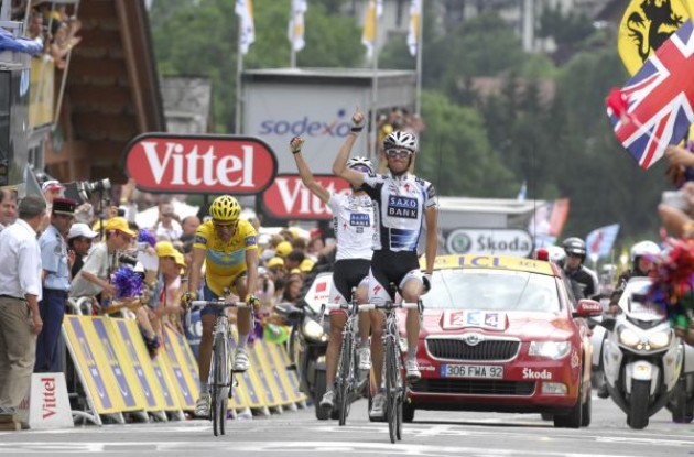 Frank Schleck wins ahead of Alberto Contador and Andy Schleck. Photo copyright Fotoreporter Sirotti.