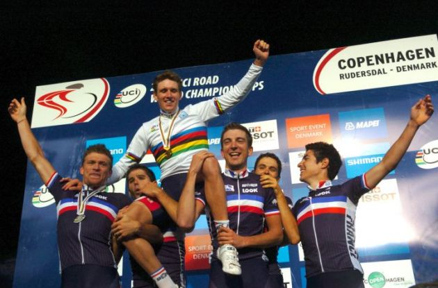 The complete French World Championships team celebrate Arnaud Demare and his World Championship victory on the podium in Rudersdal, Denmark - near Copenhagen where they will party tonight. Photo Fotoreporter Sirotti.