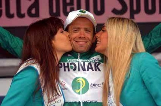 Alexandre Moos (Phonak Hearing Systems) leads the mountains classification.