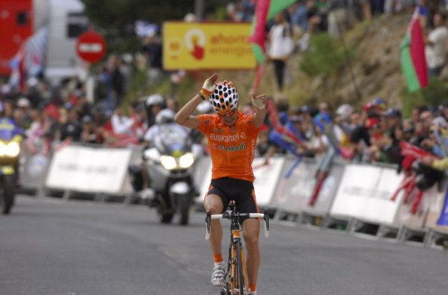 Igor Anton wins stage 4 of the Vuelta a Espana 2010. Photo copyright Fotoreporter Sirotti.