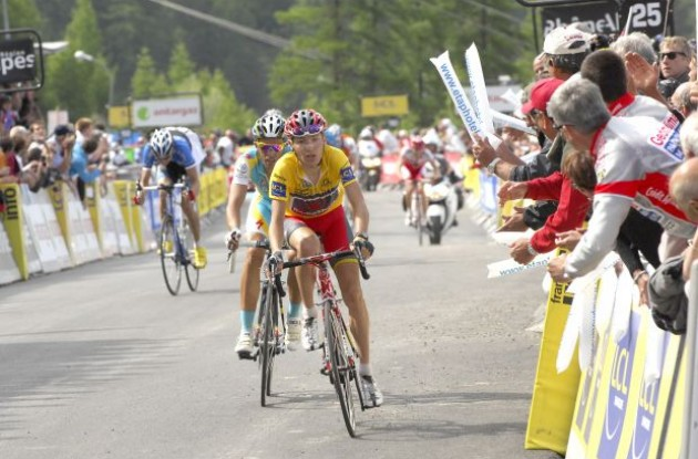 Janez Brajkovic_and Alberto Contador sprint toward the finish line. Photo copyright Fotoreporter Sirotti.