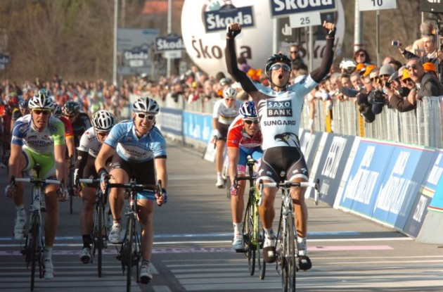 Juan Jose Haedo wins stage 3 of Tirreno-Adriatico 2011. Photo Fotoreporter Sirotti.