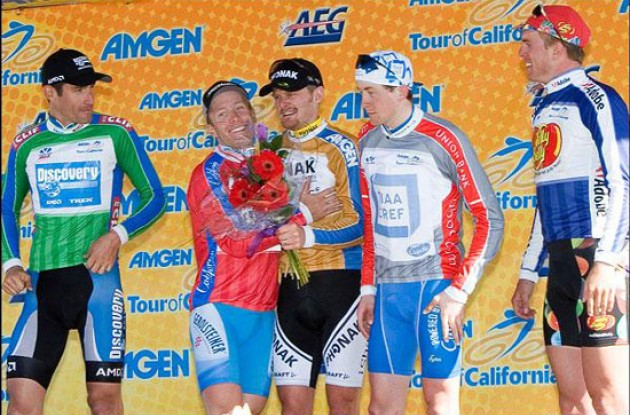 Landis, Leipheimer and Hincapie on the podium. Photo copyright Roadcycling.com.