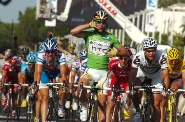 Mark Cavendish. Photo copyright Fotoreporter Sirotti.
