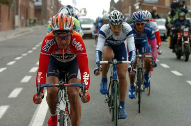 Nico Mattan, Flecha and co. on the attack. Photo copyright Fotoreporter Sirotti.
